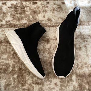 Steve Madden   Bitten Sneakers
